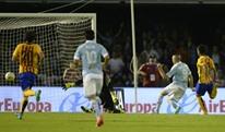 سيلتا يصعق برشلونة وبنزيمة يقود ريال مدريد للفوز على بيلباو