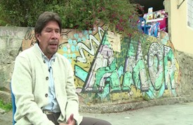 جدارية عملاقة في مدينة صفيح في بوغوتا من أجل السلام