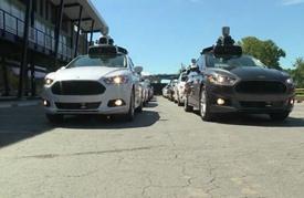 """""""اوبر"""" تطلق ثورة تقنية جديدة لاستئجار سيارات ذاتية القيادة"""