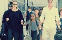 شاهد كيف يتعامل براد بيت مع أنجلينا جولي وأطفالهما (صور)