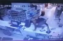 سلطات السعودية تقبض على 3 رجال سطوا على صيدلية (شاهد)