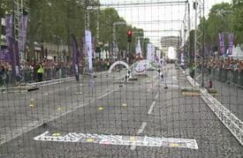 طائرات مسيرة تحلق فوق باريس بمناسبة مهرجان مخصص لها