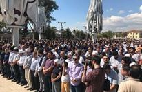 مساجد حول العالم تصلي الغائب على عاكف وحظر بمصر (شاهد)