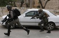 الاحتلال يشن حملة اعتقالات ومداهمات جديدة بالضفة والقدس