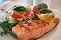 """أطعمة لها تأثير """"سحري"""" على ضغط الدم والكولسترول.. تعرف إليها"""