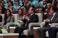 """السيسي يتهم """"الإرهاب"""" بتدمير سوريا ويحذر من العائدين منها"""
