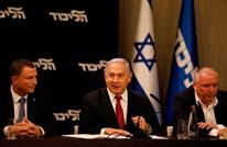 يديعوت: هذه مؤشرات نهاية عهد نتنياهو.. منقطع عن الواقع