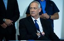 غانتس يتفاوض مع نتنياهو حول تشكيل الحكومة الجديدة