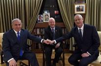 """هكذا وصفت """"هآرتس"""" التحالف الأخير بين نتنياهو وغانتس"""