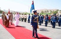 وزيرا دفاع قطر وعمان يعقدان مباحثات عسكرية بمسقط