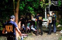 انتحاري بلباس امرأة يفجر نفسه أمام معسكر فلبيني