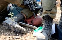 هكذا اعتدى الاحتلال بوحشية على مسن فلسطيني (فيديو)