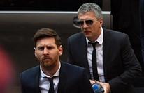 والد ميسي يخرج عن صمته بشأن مغادرة نجله لبرشلونة