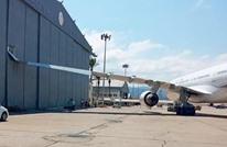 طائرة ماكرون تصاب بضرر بعد حادثة اصطدام بمطار بيروت