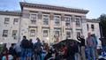أوكرانيون يحتجون أمام السفارة الروسية - أوكرانيون يحتجون أمام السفارة الروسية (13)